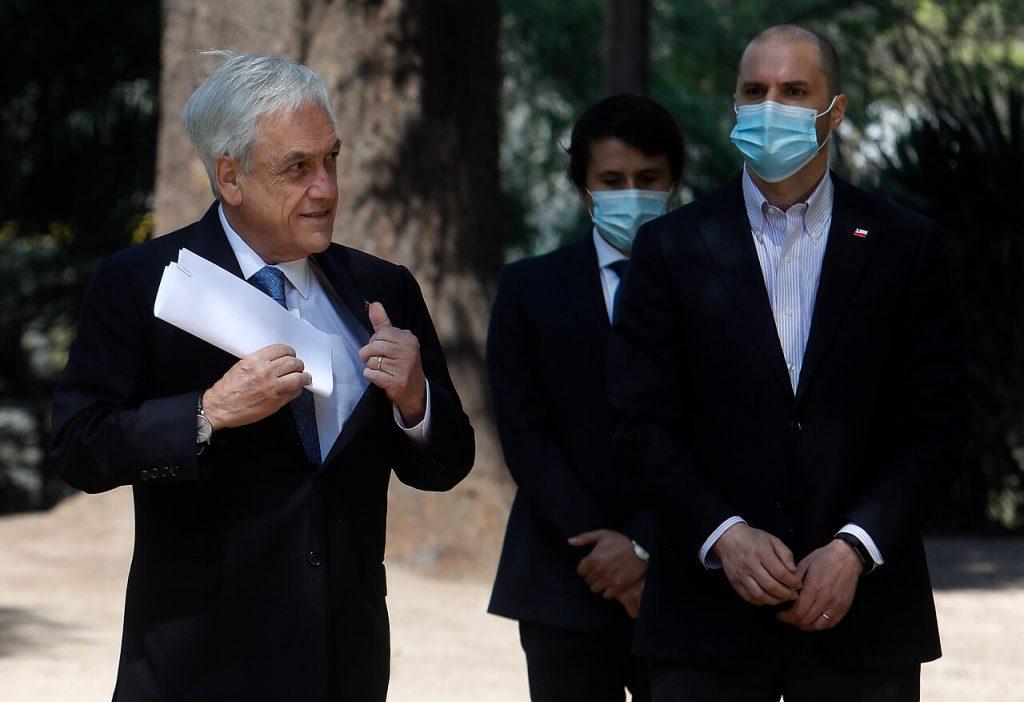 """La explicación de Bellolio para justificar a Piñera tras tratar de """"accidentados"""" a menores baleados"""