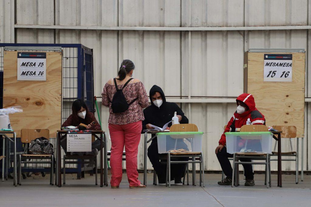 Primarias 2020: Heraldo Muñoz y la diputada Claudia Mix denunciaron que no pudieron votar