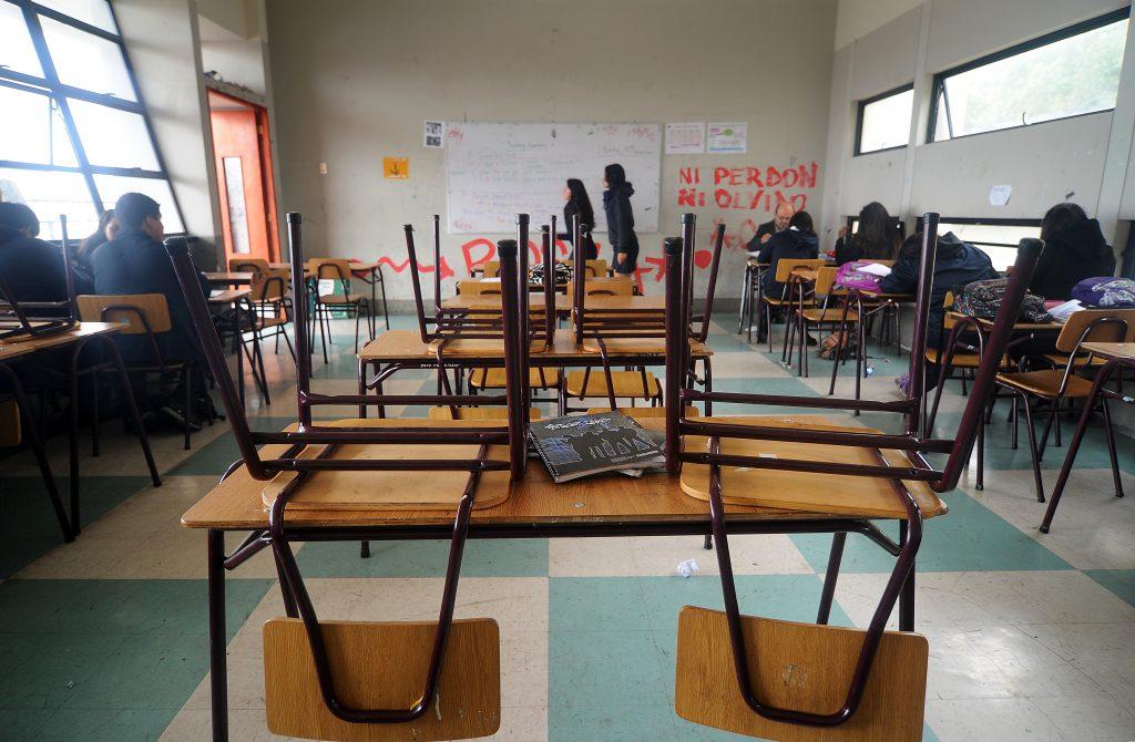 Alumno muere electrocutado en Puente Alto: Mamá critica duramente al Plan Retorno Seguro del Mineduc