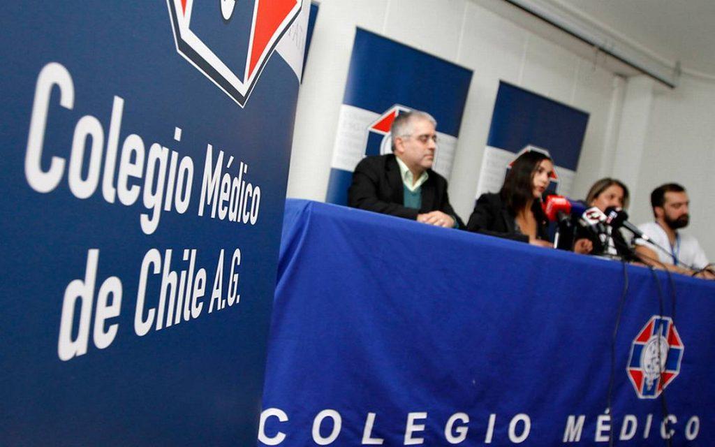 Elecciones en el Colmed: Lista de Renato Acuña no alcanza firmas necesarias y pide extensión