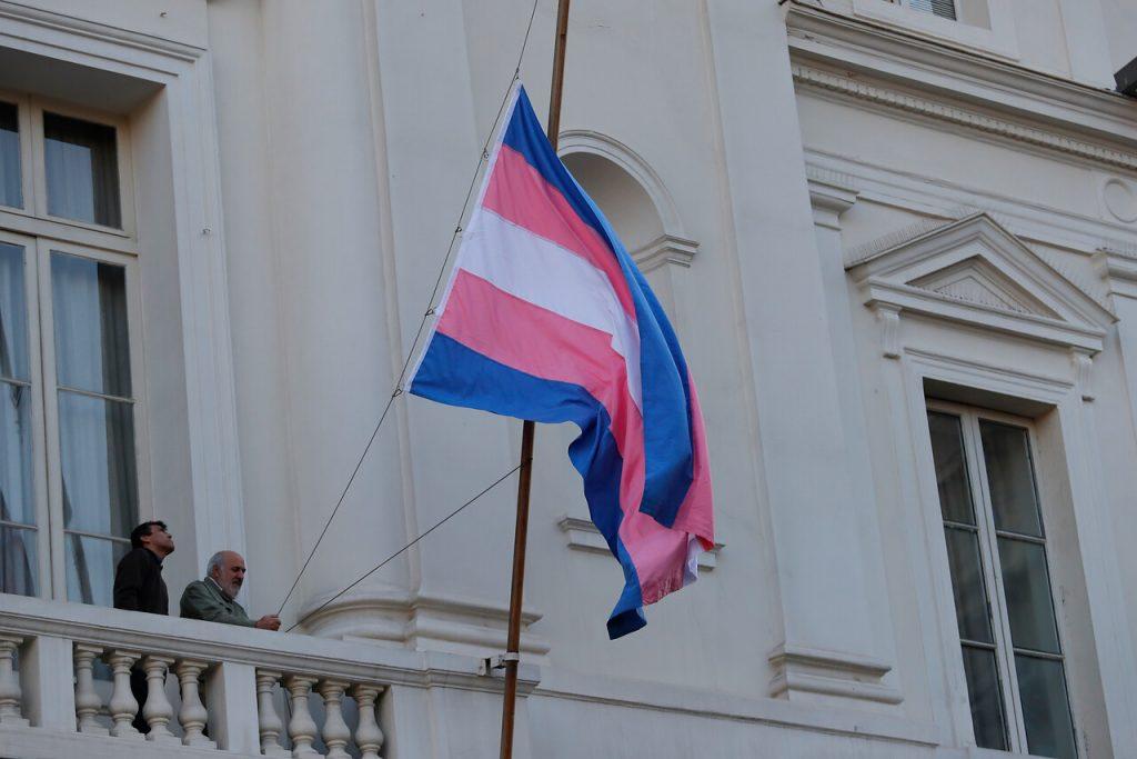 Transfobia en Chile: 93% de las mujeres trans aseguran haber sido discriminadas