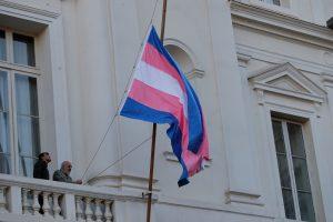 Proyecto busca permitir aborto por tres causales a hombres trans en Chile