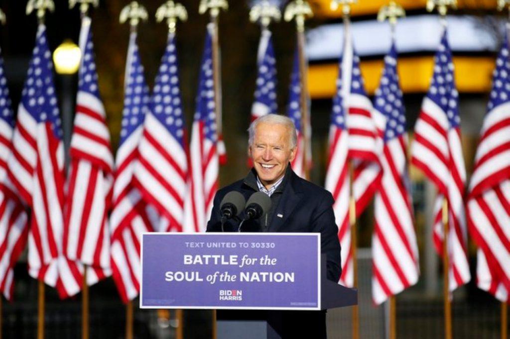 Biden comienza a reunificar a familias de inmigrantes separadas por Trump