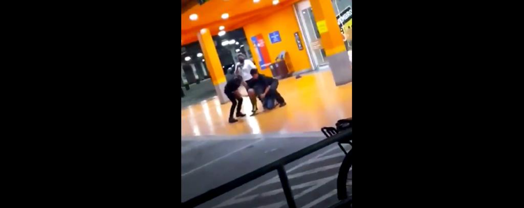 Afrodescendiente muere en Brasil tras recibir golpiza de guardas de un supermercado