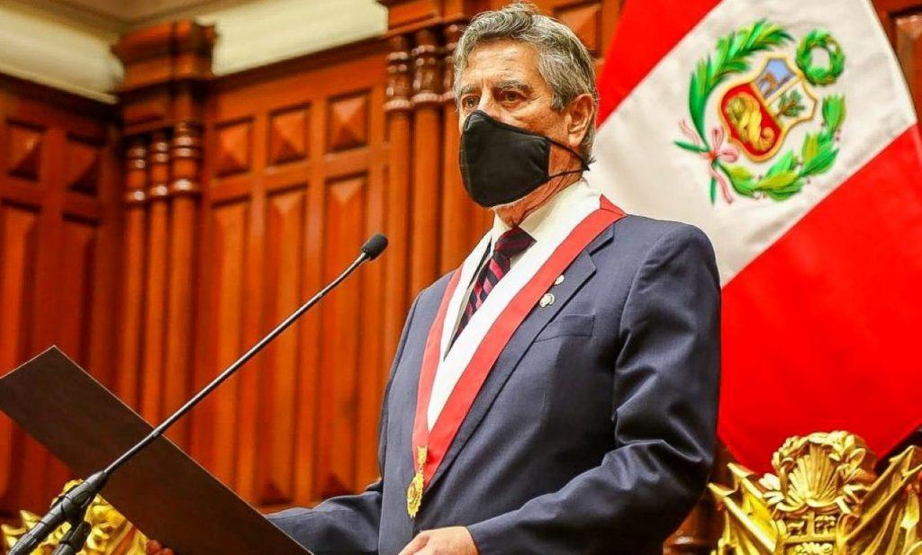 Francisco Sagasti anuncia reforma a la Policía Nacional tras ola de violentas protestas en Perú
