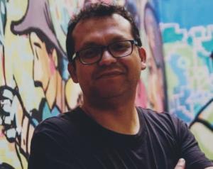 """Álvaro Campana, secretario general de Nuevo Perú: """"Los jóvenes chilenos que enfrentaron la represión marcaron a los jóvenes peruanos"""""""
