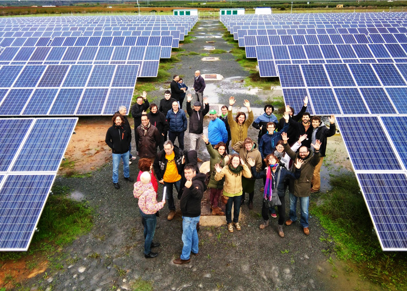 Energía en manos comunitarias: Nueva ley abre la puerta a la democratización de la energía en Chile
