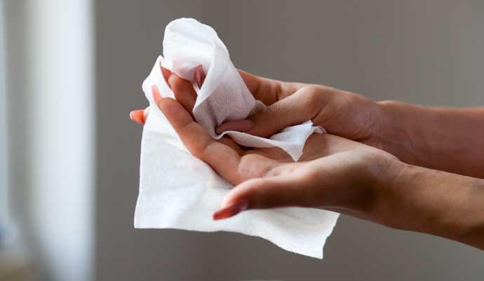 ISP informa el retiro del mercado de casi 100 mil productos relacionados con toallitas húmedas para bebés
