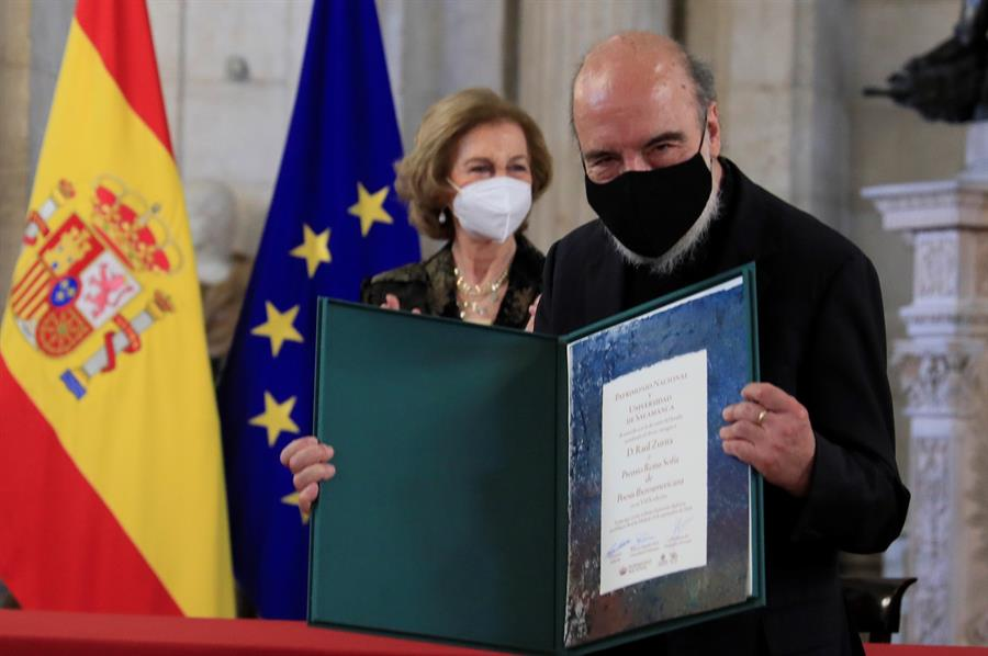 VOCES| De poeta a poeta: Jorge Montealegre comenta el discurso de Raúl Zurita en la entrega del Premio Reina Sofía