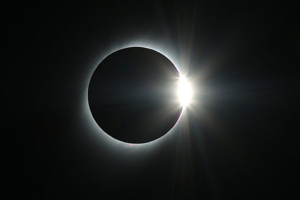 Eclipse solar en Chile: ¿Cuándo es y de qué manera podrá ser visto en todo el país?