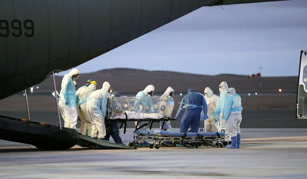Desde 3.000 a 9.500 casos diarios: Minsal sincera complejo escenario y habla incluso de rebrote de COVID-19 de niveles catastróficos