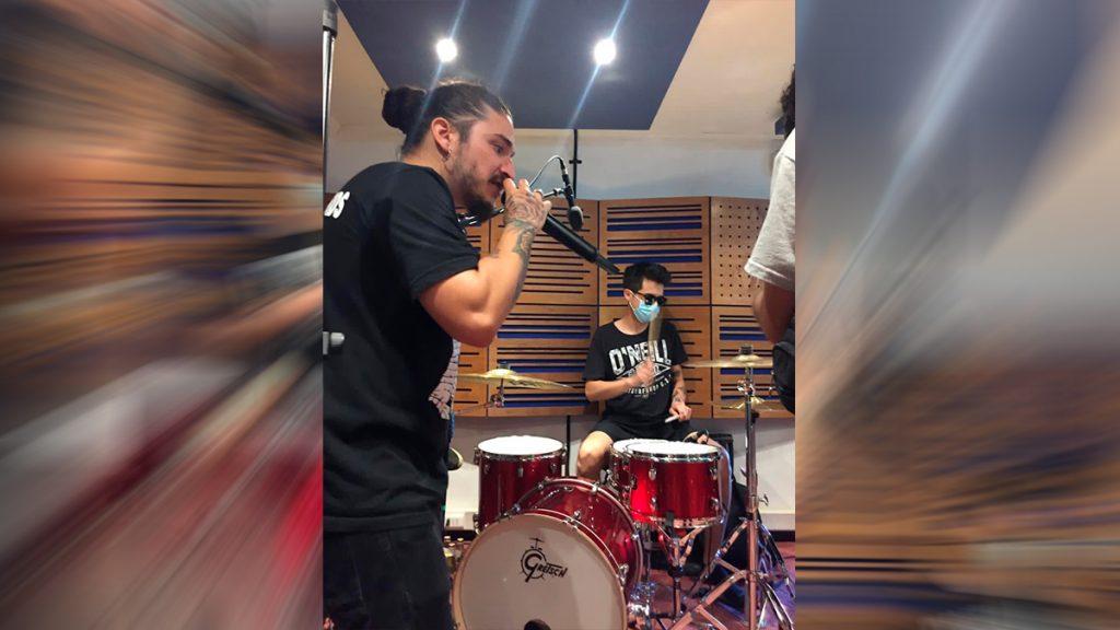 Santaferia invita a Gustavo Gatica a tocar batería en sesión en vivo que será transmitida por streaming