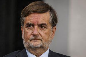 """¿Primeros problemas? Tras firmar pacto en el Servel, Evópoli califica al partido de Kast como """"de ultraderecha y populista"""""""