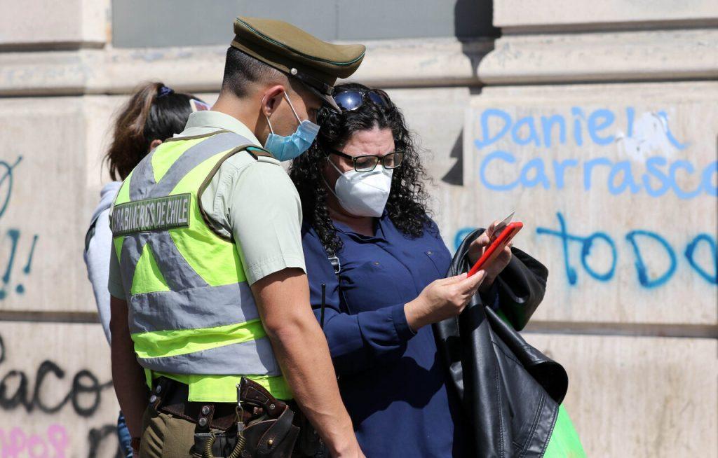 Cuarentena en Santiago: Permisos para salir en Fase 2