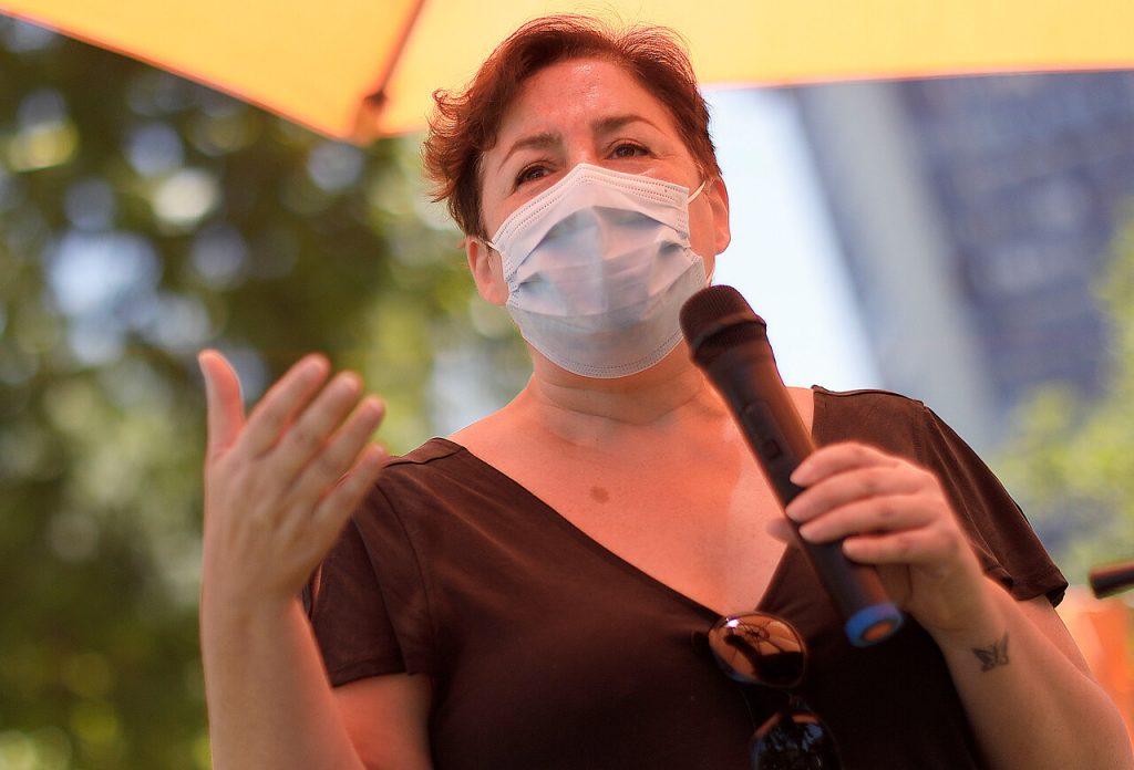 """Beatriz Sánchez: """"Si es necesario que el Presidente vaya a la cárcel por violaciones a los DD.HH., que se cumpla"""""""