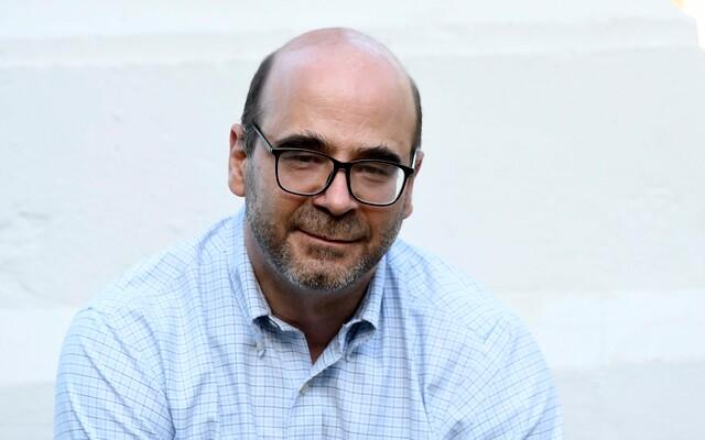 """Fernando Atria y la """"campaña de desprestigio"""" de la derecha en la Convención: """"Están jugando a que el proceso constituyente pierda legitimidad"""""""
