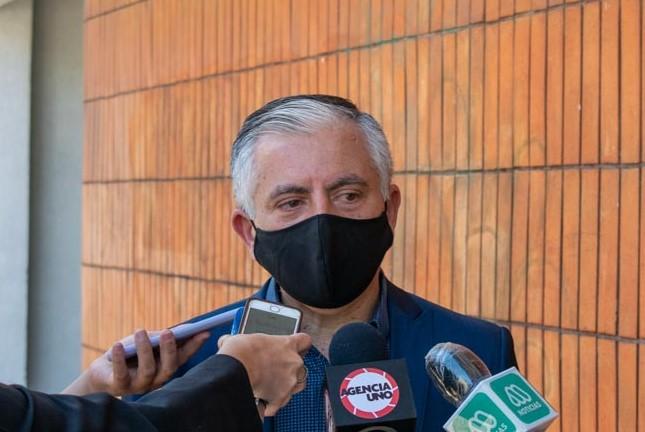 """""""Creo que es un suicidio"""": Presidente de Colegio de Profesores responde a insistencia de volver a clases de ministro Figueroa"""