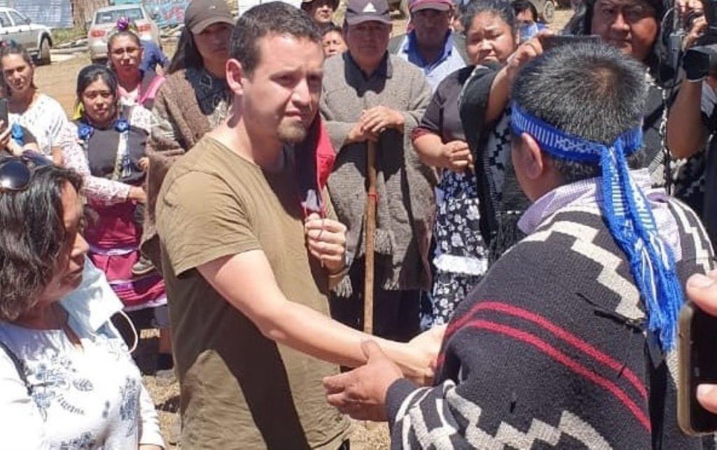 Marcelo Catrillanca junto a Lof Temucuicui recibe a familiares de PDI abatido en La Araucanía y los convoca a buscar justicia