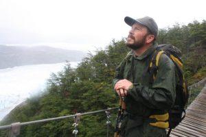 """""""La perturbación humana tiene efectos negativos en las áreas naturales protegidas"""": Gonzalo Cisternas, guardaparque en Chile"""