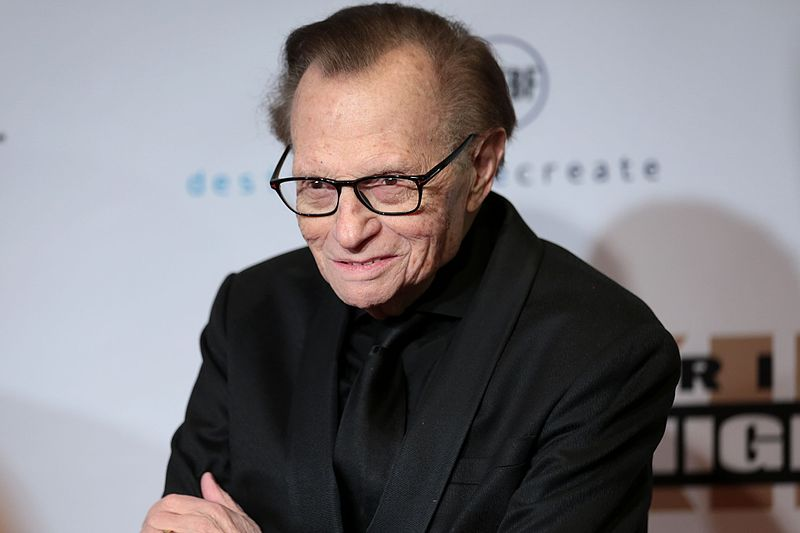 Fallece por coronavirus Larry King, el legendario presentador estadounidense