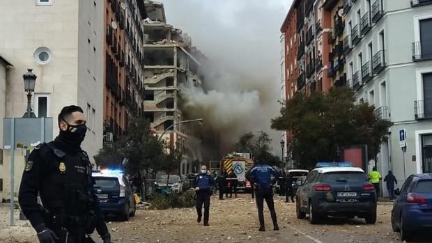 Explosión en edificio de Madrid deja al menos dos fallecidos y se investigan las causas