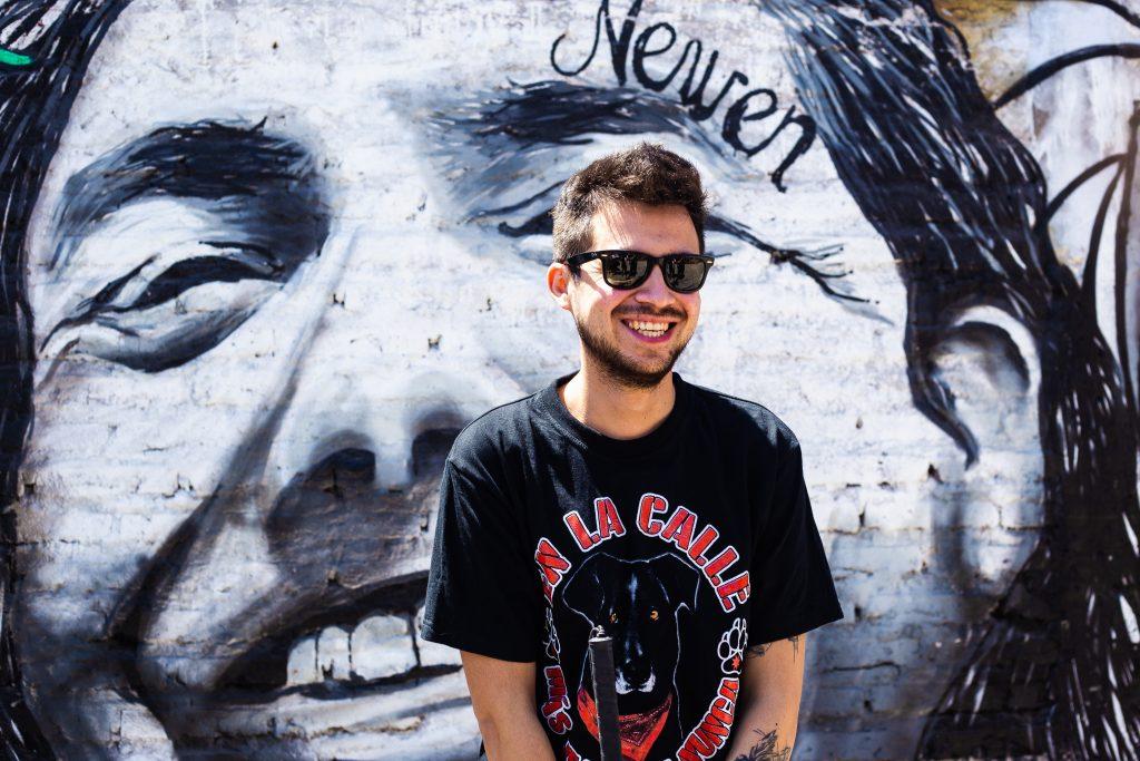 A un año de la muerte del «Neco»: Gustavo Gatica visita a familiares de joven colocolino atropellado por vehículo policial