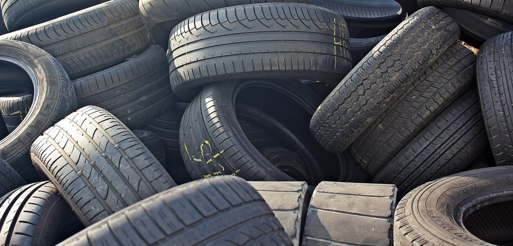 Ley REP: Automotoras acuden al Tribunal Ambiental para no hacerse cargo del reciclaje de neumáticos