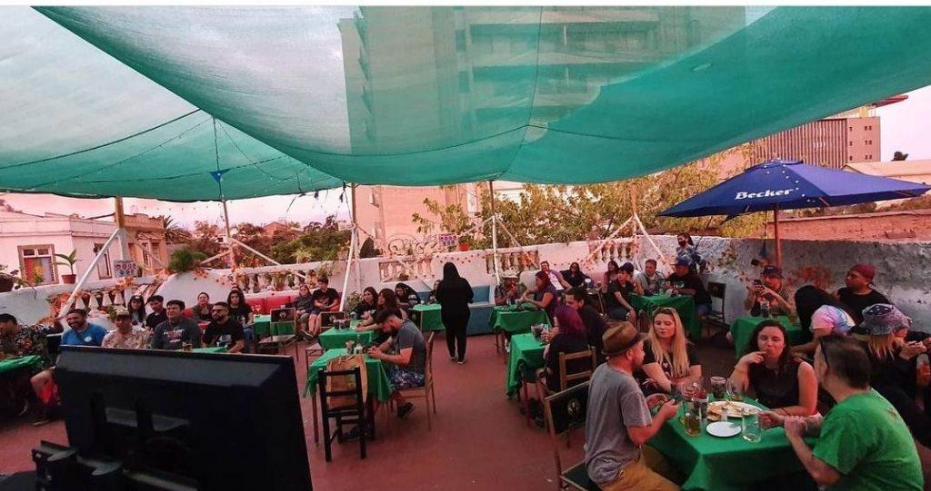 """""""Un show pa' la tele"""": La supuesta fiesta clandestina que terminó con detenidos inocentes en Bellavista"""