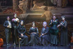 Vuelve el teatro presencial: Dos obras para ver sentados en la butaca