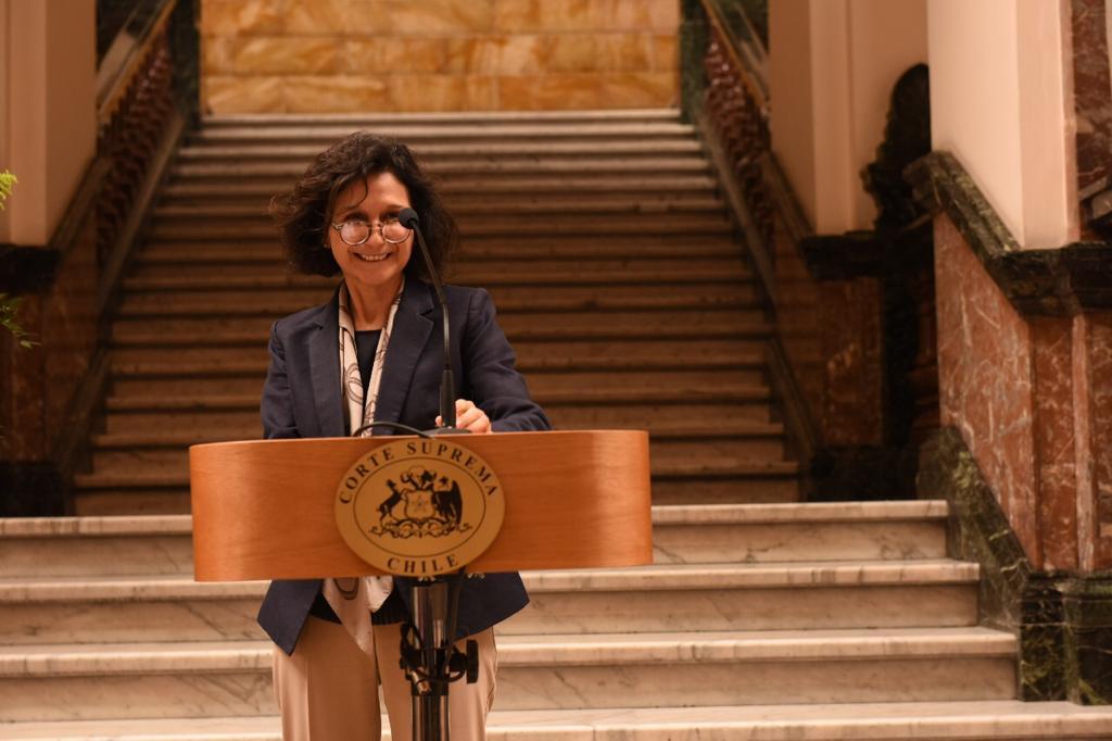 Andrea Muñoz se transforma en la primera mujer en ejercer la presidencia de la Corte Suprema