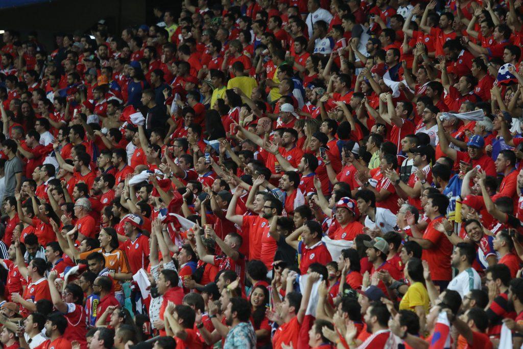 Regreso del público a los estadios: tres ministerios evalúan la posibilidad de implementarlo