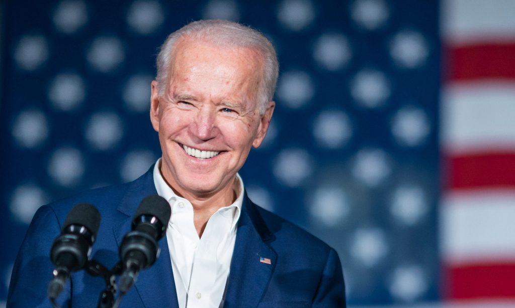 El primer mes de Joe Biden: un récord de decretos y escollos en el Congreso