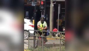 Ministra que revocó la medida cautelar de carabinero que disparó a malabarista es madre de jefe del OS7 de Punta Arenas