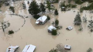 VIDEO | Aysén: Registro aéreo muestra impacto generado por colapso de glaciar en Tortel