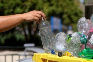 Cámara de Diputadas y Diputados aprobó proyecto que prohíbe utensilios plásticos de un solo uso
