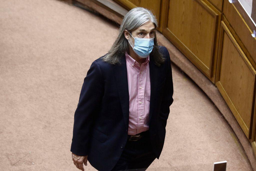 Tras anuncio de Piñera sobre pensiones: Letelier advierte que pondrá proyecto en votación y rechazará todos los artículos