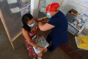 Chile supera los 4 millones de personas vacunadas contra el COVID-19