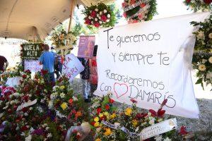 Familiares y amigos despiden a Damaris Meliñir, joven asesinada en La Araucanía