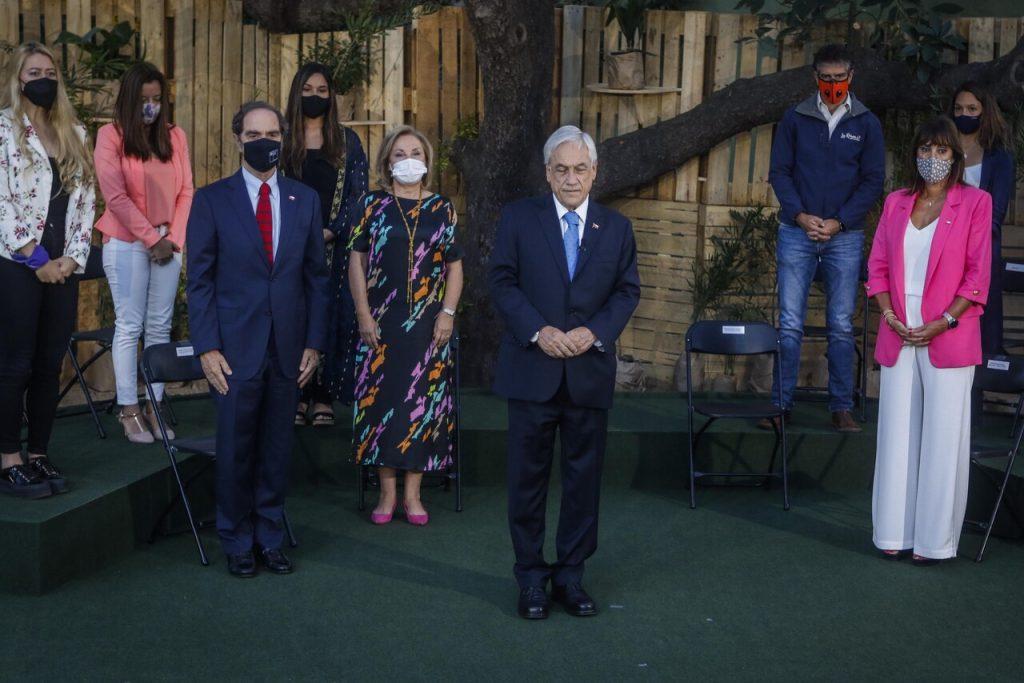 8M: Piñera anuncia proyecto que facilitará el cobro de pensión alimenticia a mujeres