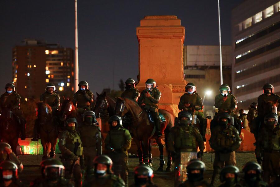 Mil carabineros para Plaza Dignidad: Jefe de Zona señaló la estrategia policial para cada viernes