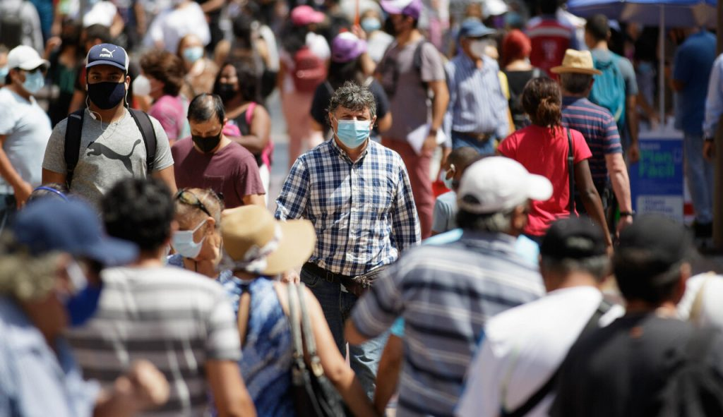 """10 sociedades médicas y científicas contra el Pase de Movilidad: """"Es crucial recuperar la lógica sanitaria"""""""