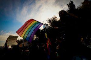 Encuesta Ipsos: 65% de los chilenos cree que se debe permitir el matrimonio igualitario