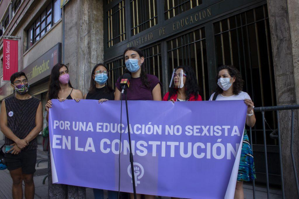 8M: Dirigentas feministas suscriben compromiso por la educación sexual integral