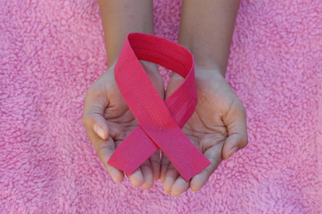 Estudio aconseja reducción de un tratamiento contra el cáncer de mama de 10 a siete años