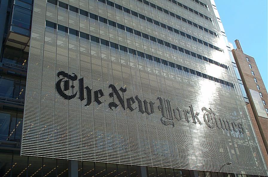 """The New York Times responde a Paris: """"Trabajamos para reportar la verdad e interrogar al poder y lo seguiremos haciendo"""""""