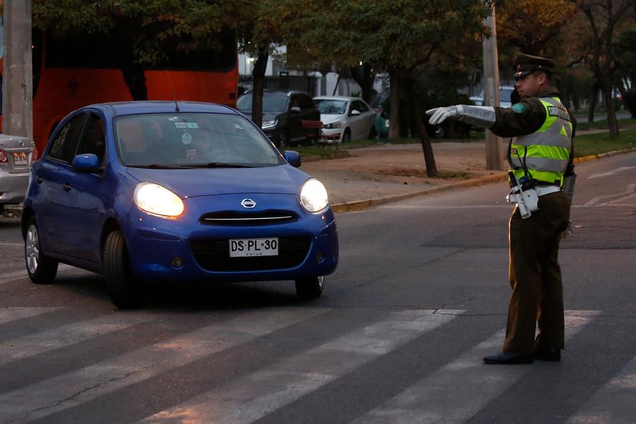 Restricción Vehicular en Santiago: ¿Cuál es el calendario de dígitos y desde qué hora comienza?
