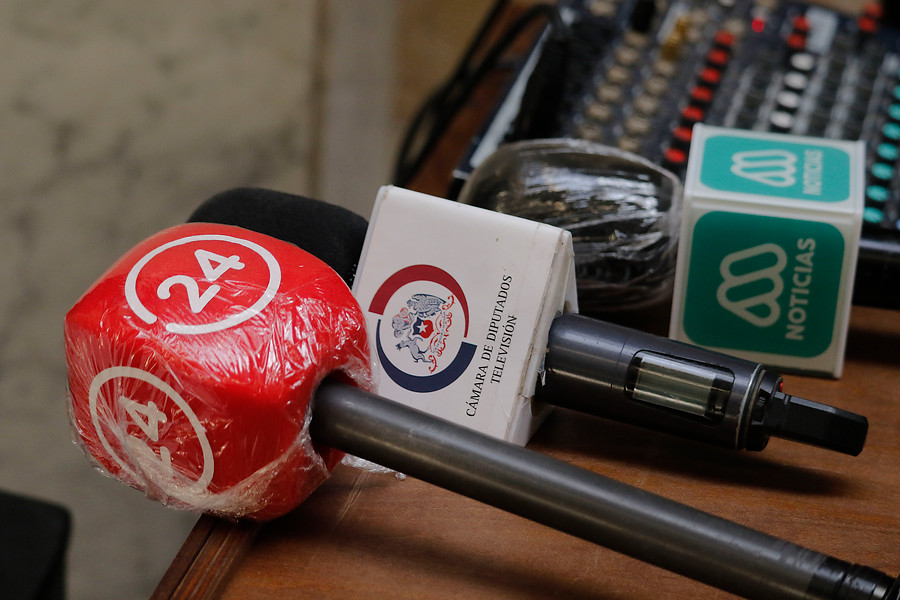 Premios Nacionales de Periodismo se unen en rechazo a amenazas contra la libertad de expresión
