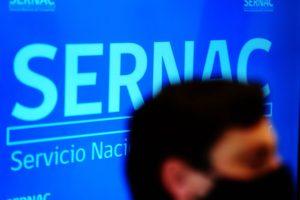 Sernac denuncia ante Fiscalía a empresa que entrega créditos a través de internet por eventual fraude