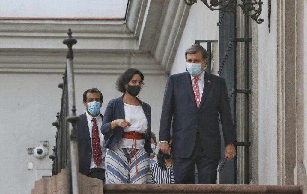 Piñera endurece su gabinete tras la salida del Ministerio del Trabajo de la independiente Zaldívar y la llegada del UDI Melero