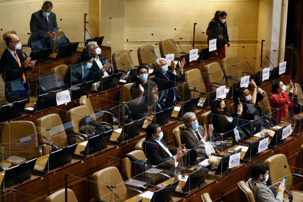 Cámara Baja aprueba la idea de legislar el proyecto de impuesto a los súper ricos